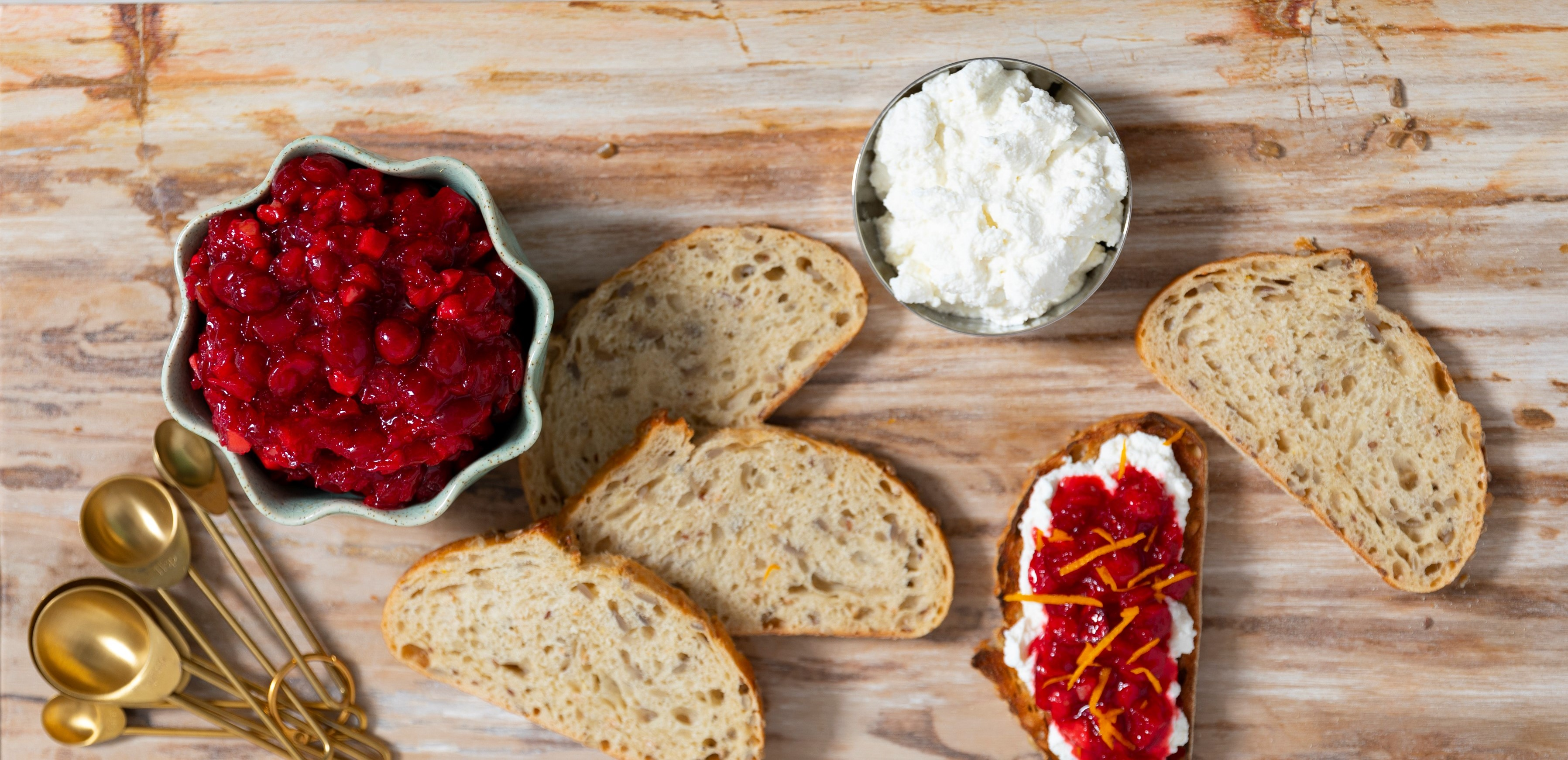 Cranberry Chevre Crostini