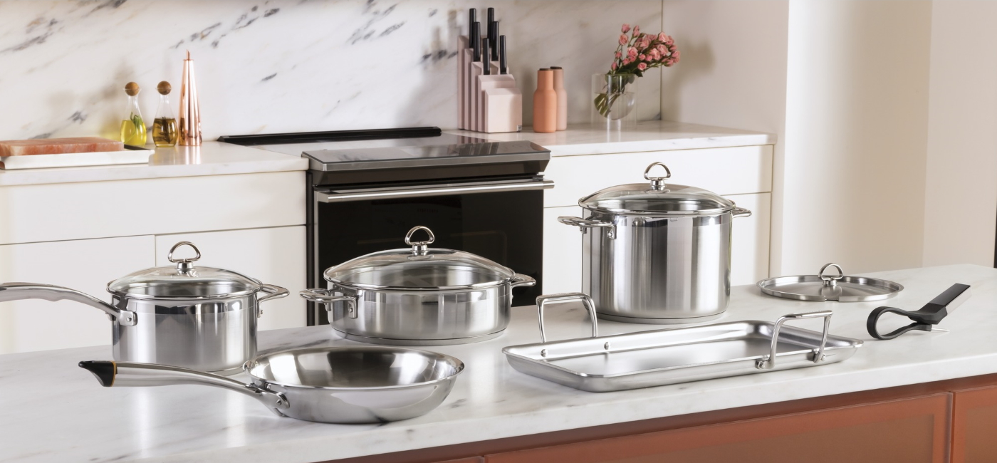 induction range with stainless steel cookware set